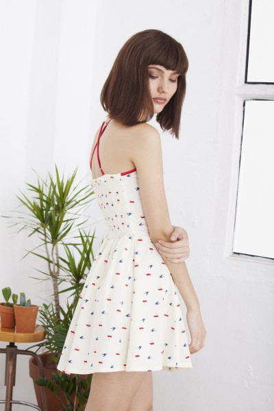 Hilda boat print dress with crossed straps on the back