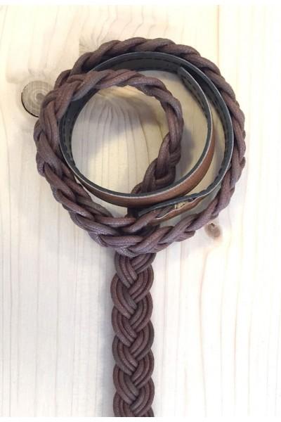 Cinturón trenzado marrón