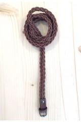 Cinturón trenzado marrón fino