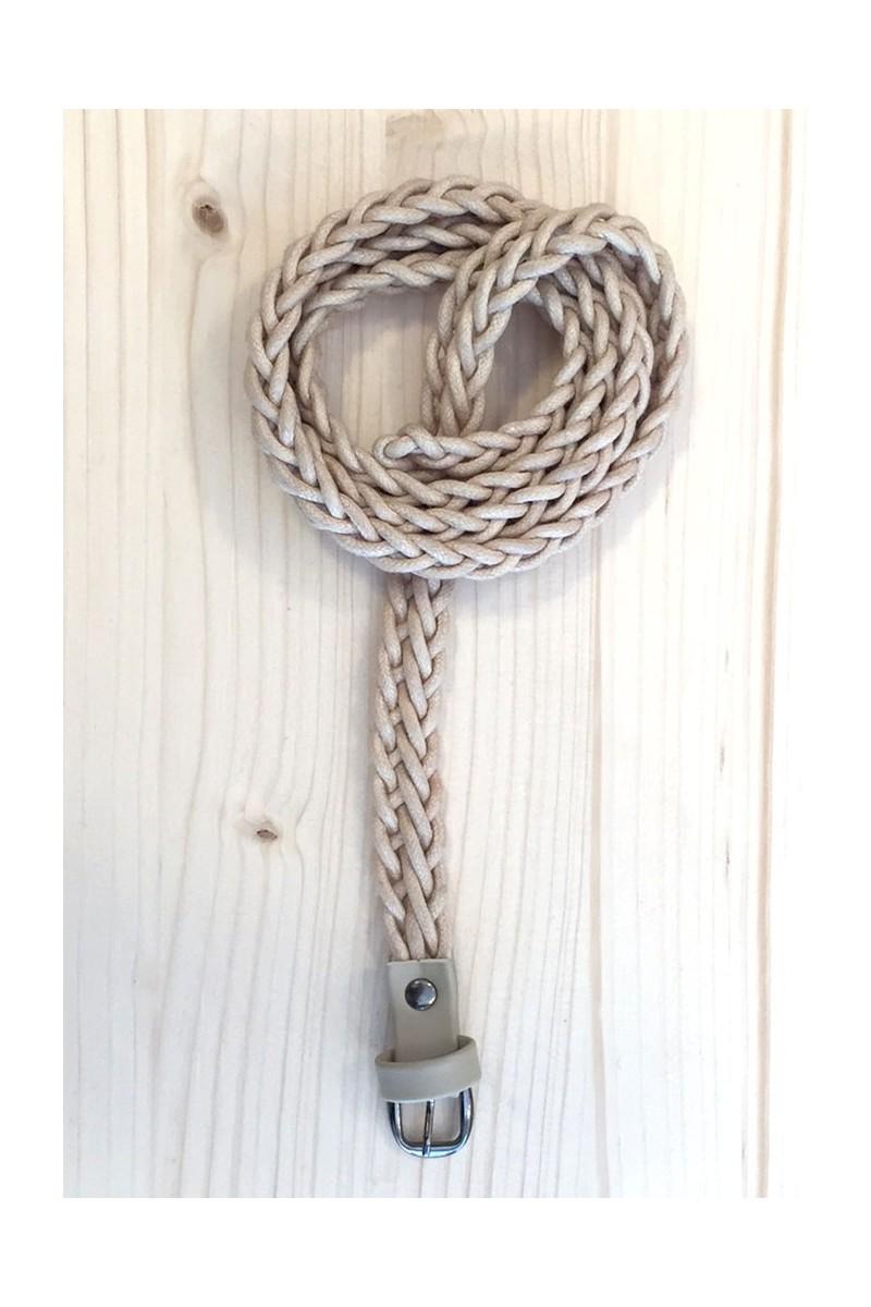 Cinturón trenzado marfil fino