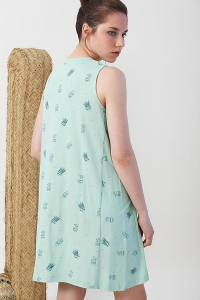 Itati flared dress in light green