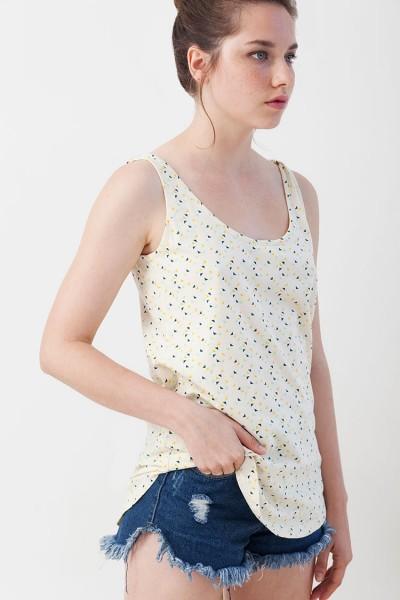Camiseta reversible Isabella estampado triángulos