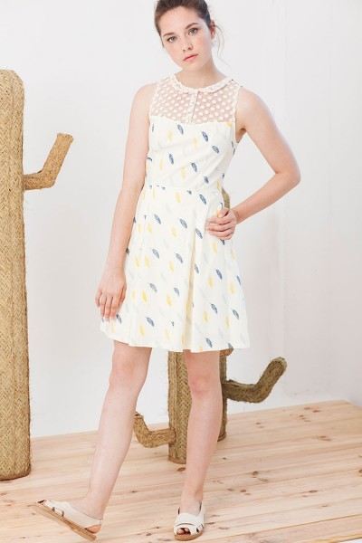 Isadora dress with feathers print