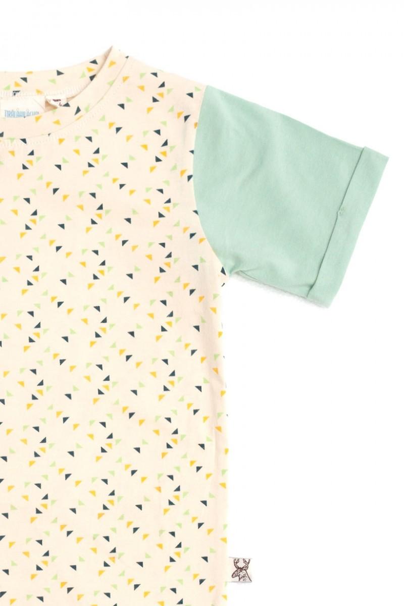 Camiseta unisex con estampado de triángulos multicolor