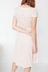 Vestido Mónica media capa estampado corales