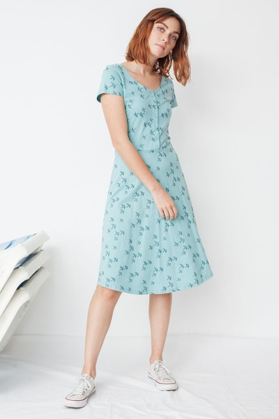 Vestido Mónica media capa estampado golondrinas