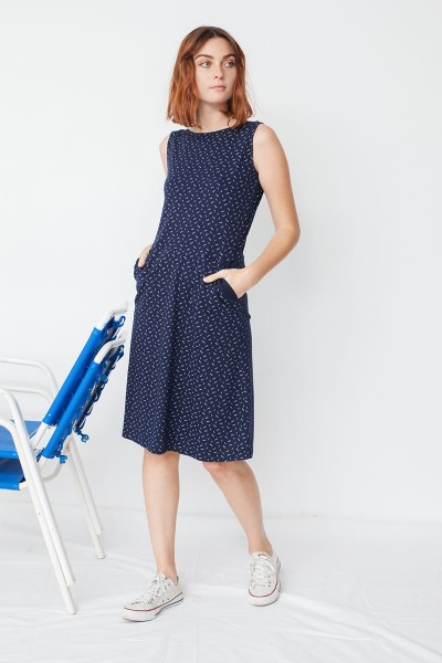 Maya pockets dress in navy blue