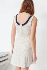 Vestido Miriam con cuello de solapas y estampado geométrico