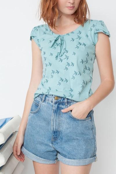 Camiseta María manga tulipán con estampado golondrinas