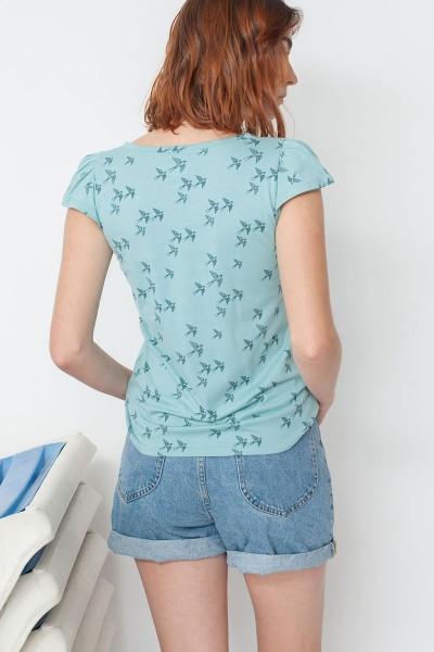 Camiseta ecológico María manga tulipán con estampado golondrinas