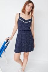 Vestido ecológico de tirantes Marisa con estampado caracolas