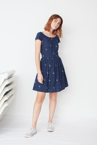 Moira back neckline in navy blye