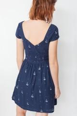 Milena back neckline in navy blye