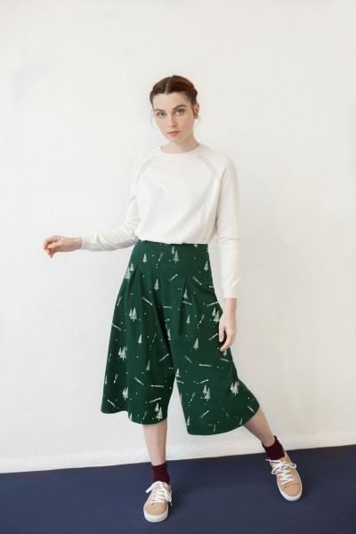 Falda pantalón Nadia estampado verde pinos.