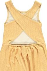 Vestido espalda cruzada color miel estampado japonés