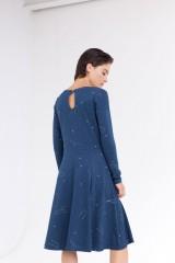 Vestido Corine falda evasé estampado constelaciones.