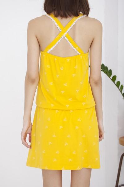 Vestido Helen cruzado amarillo estampado colibríes
