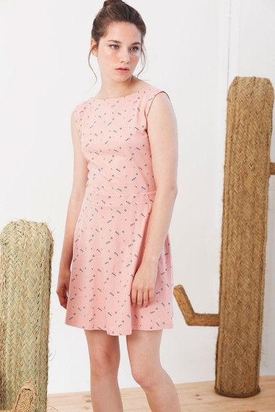 Vestido REVERSIBLE Idoia color rosa estampado abstracto.