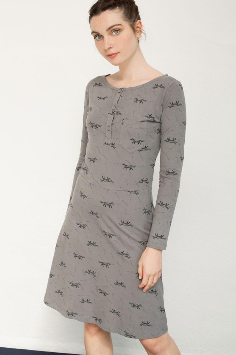 Vestido Nataly con tapeta estampado zorros.