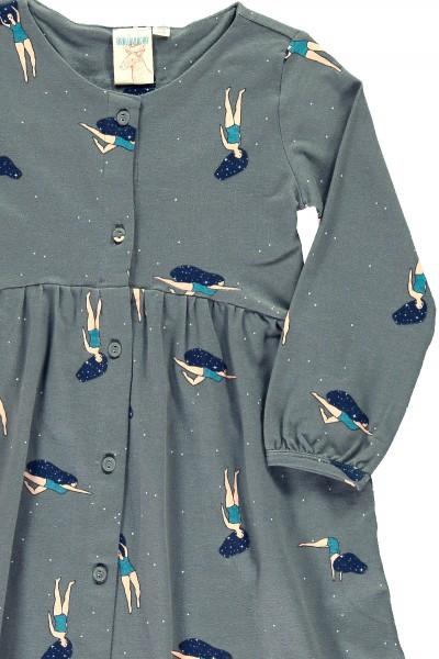 """Vestido oversize gris con estampado de """"Bailando en el cosmos"""""""