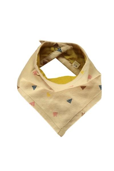 Babero reversible beige estampado triángulos